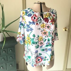 NY&Co Romantic Blouse with flowers